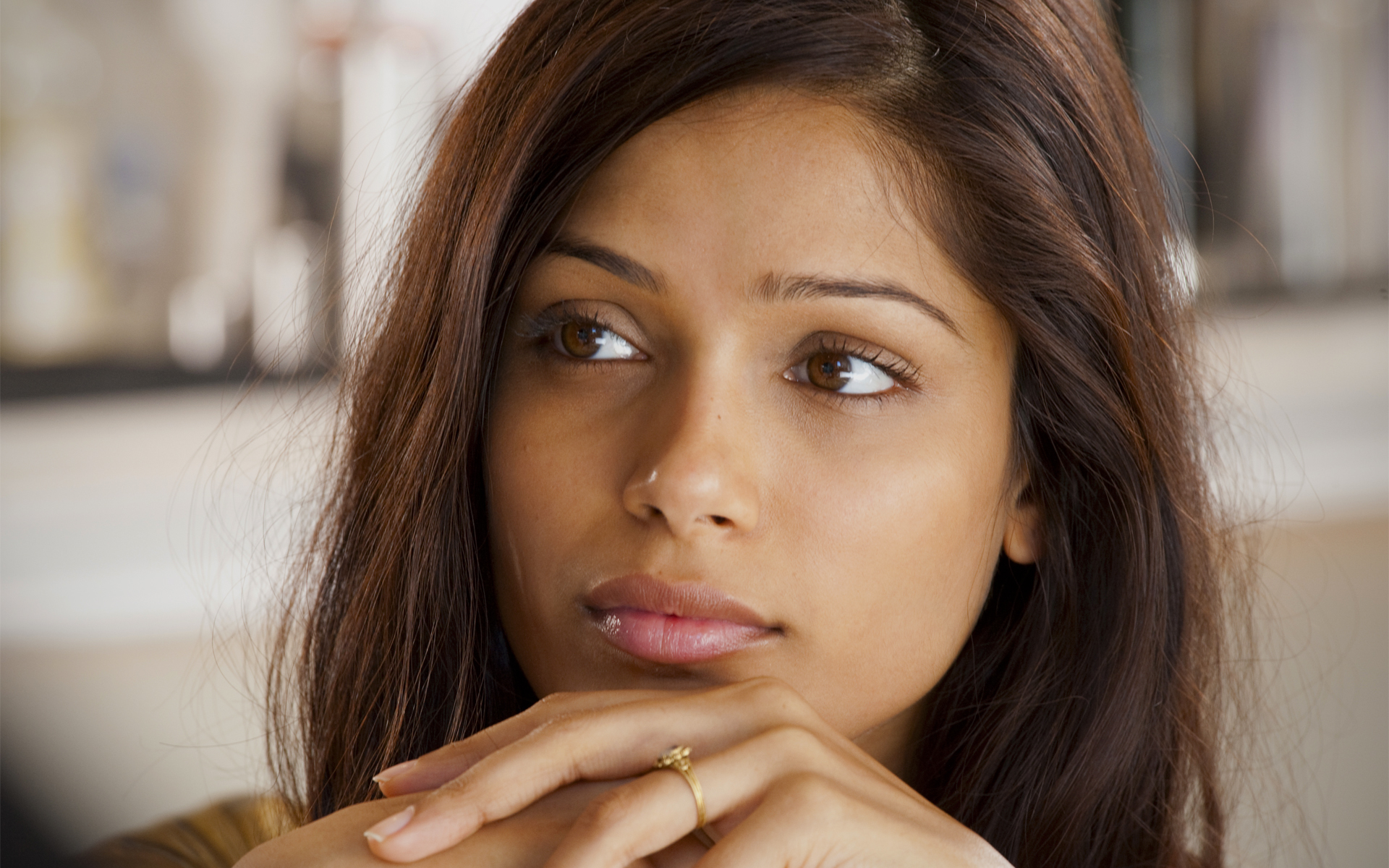 It Girl: Freida Pinto