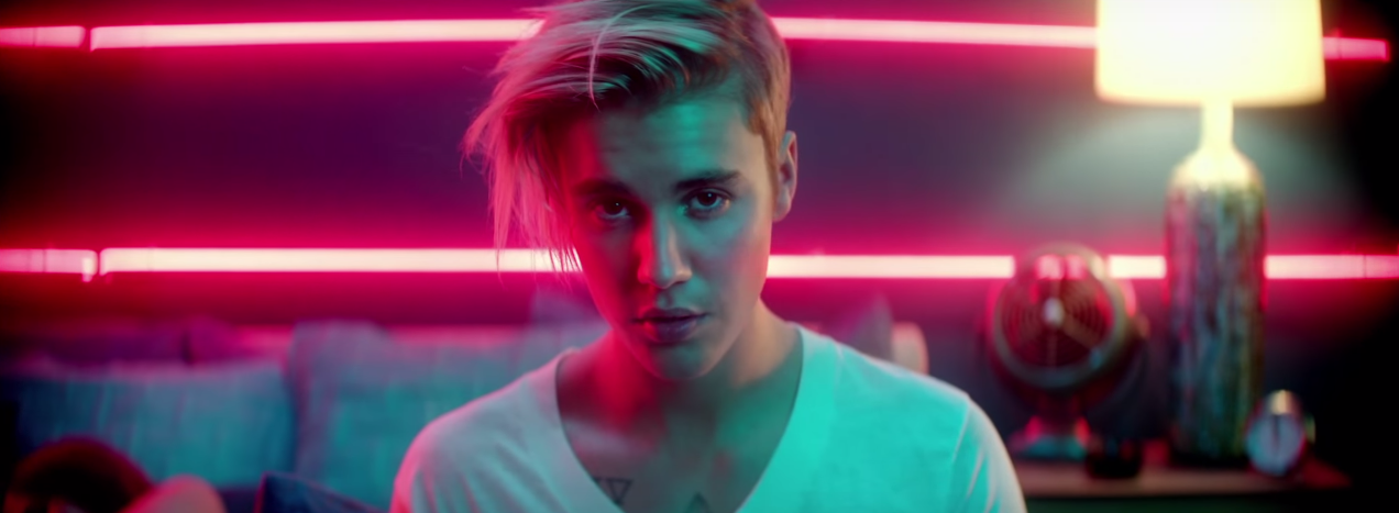 justin bieber lan a o clipe sensual de what do you mean. Black Bedroom Furniture Sets. Home Design Ideas
