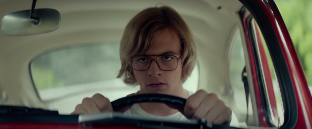 "Ross Lynch está assustador no trailer de ""My Friend Dahmer"""